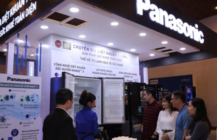 """Panasonic đạt danh hiệu """"Tủ lạnh có công nghệ diệt khuẩn hiệu quả nhất"""""""