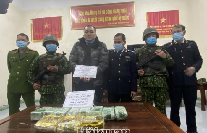 Hải quan Hà Tĩnh phối hợp bắt đối tượng vận chuyển 11 kg ma túy