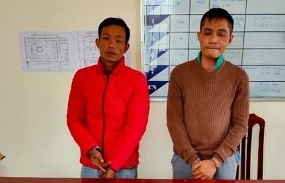 Nghệ An: Bắt 2 đối tượng vận chuyển 1 kg ma túy đá