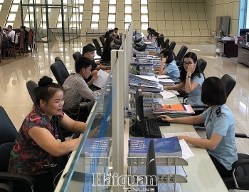 Từ ngày 13/3, thực hiện khai số xe Trung Quốc trên tờ khai nhập khẩu