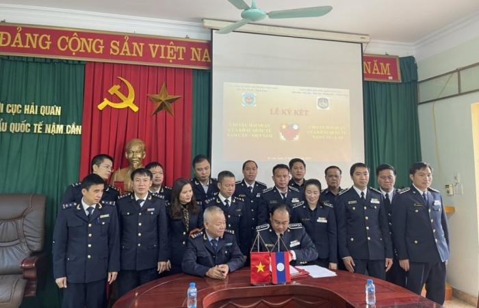 Hải quan Nậm Cắn (Việt Nam)- Hải quan NamKan (Lào): Nâng cao hiệu quả phối hợp kiểm soát biên giới