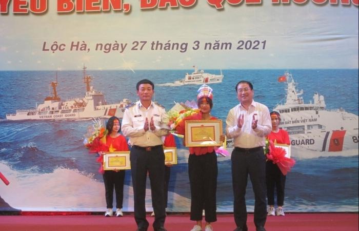 Lan toả tình yêu biển đảo cho học sinh, nhân dân huyện Lộc Hà (Hà Tĩnh)