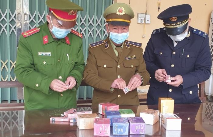 Hải quan Tân Thanh liên tiếp thu giữ thuốc lá điện tử nghi nhập lậu
