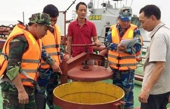 Bắt tàu vận chuyển 500 m3 dầu DO vi phạm trên biển