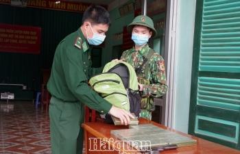 Lạng Sơn:Bắtđối tượng vận chuyển 12 bánh heroin