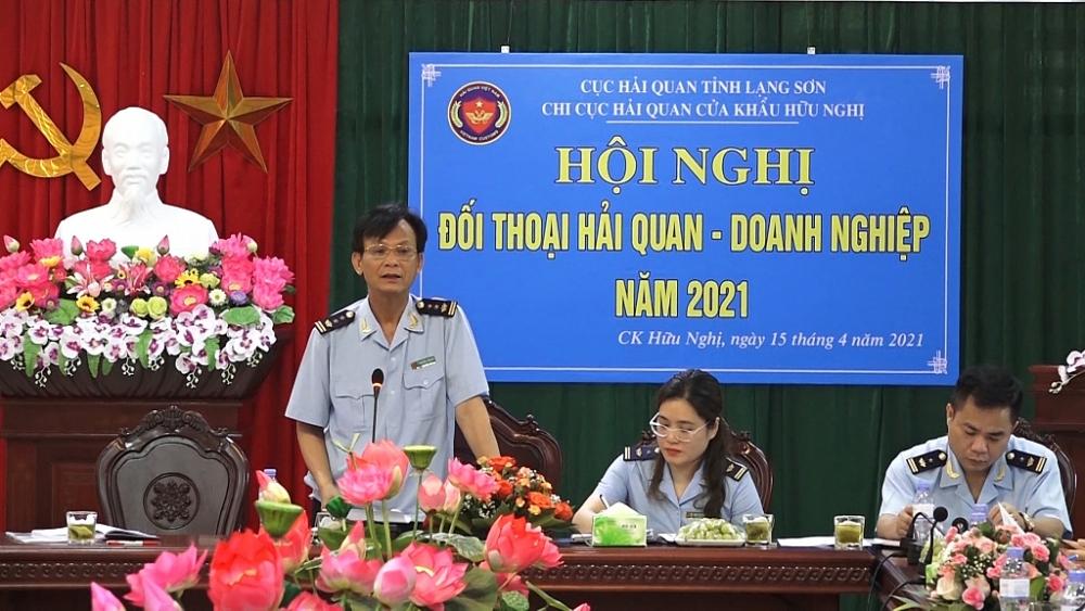 Ông Nguyễn Tiến Bộ, Chi cục trưởng Chi cục Hải quan cửa khẩu Hữu Nghị phát biểu tại hội nghị. Ảnh: Sơn Hải