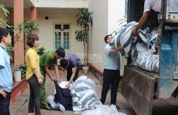 Hải quan Thanh Hoá bắt 2.910 kg vải đầu tấm, vải cuộn