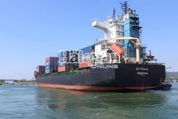 Cảng tổng hợp quốc tế Nghi Sơn đón thành công 3 chuyến tàu container