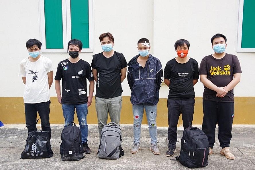 Nhóm người Trung Quốc nhập cảnh trái phép bị bắt giữ. Ảnh: BP LS