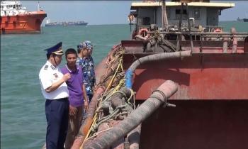Cảnh sát biển phối hợp bắt giữ 7 tàu khai thác, vận chuyển cát trái phép