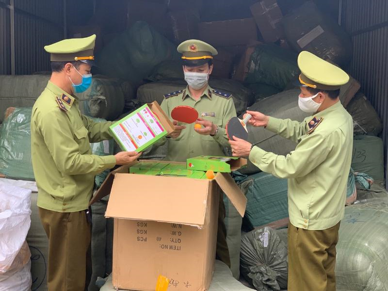 LạngSơn: Ngăn chặn hàng lậu vậnchuyểnqua dịch vụ chuyển phát