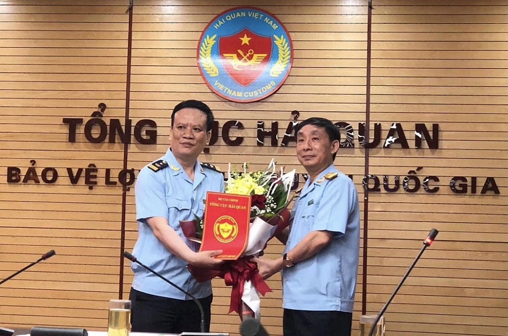Phó Tổng cục trưởng Tổng cục Hải quan Hoàng Việt Cường đã trao quyết định điều động và bổ nhiệm có thời hạn ông Nguyễn Hồng Phong, Phó Viện trưởng Viện Nghiên cứu hải quan giữ chức Phó Hiệu trưởng Trường Hải quan Việt Nam.
