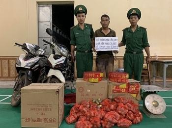 Lạng Sơn: Bắt đối tượng mua bán, vận chuyển 98 kg pháo nổ