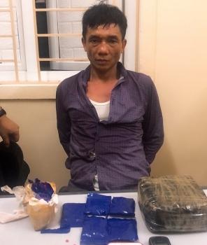 Nghệ An: Trấn áp đối tượng mua bán 1 kg ma túy đá và 3.000 viên hồng phiến