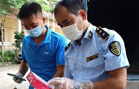 Lạng Sơn: Phát hiện lô mỹ phẩm có dấu hiệu nhập lậu