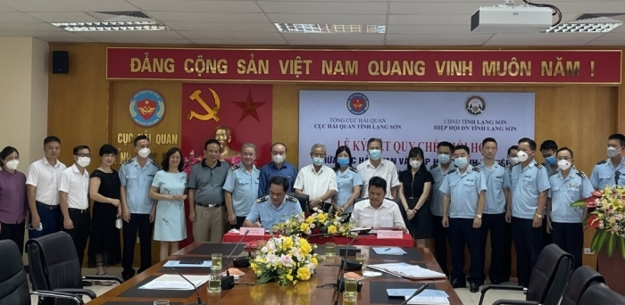 Hải quan Lạng Sơn và Hiệp hội doanh nghiệp ký quy chế phối hợp