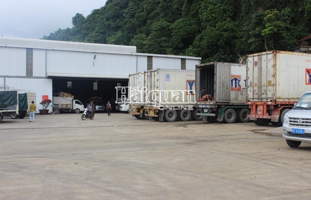 Hải quan Lạng Sơn tăng cường kiểm tra, giám sát hàng ra vào, lưu kho, bãi
