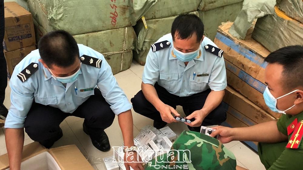 Một ngày Hải quan Tân Thanh liên tiếp phát hiện 5 vụ, thu giữ số lượng lớn hàng vô chủ