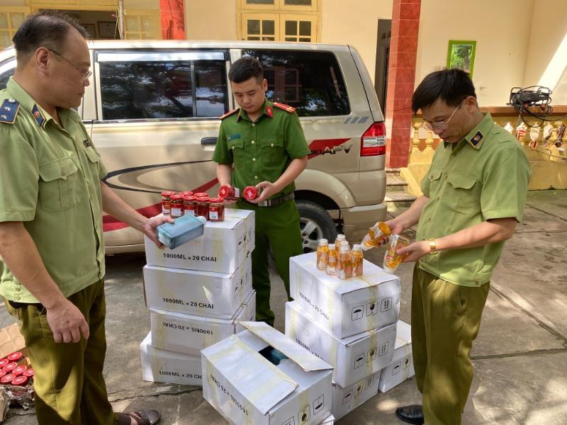 Ngăn chặn kịp thời gần 1.000 sản phẩm, thực phẩm nhập lậu