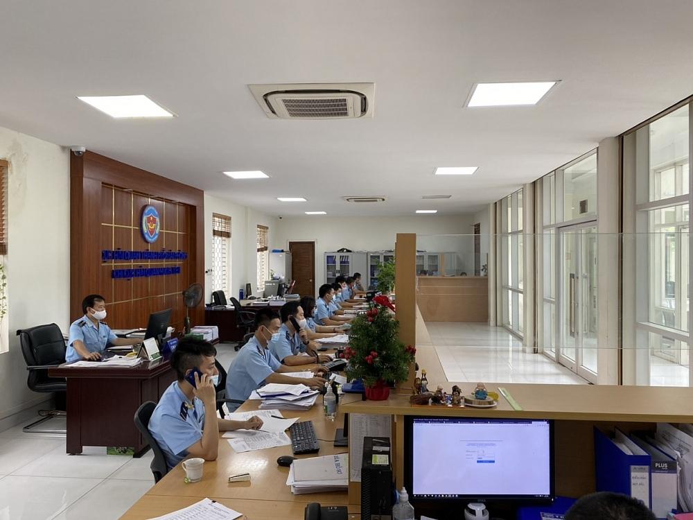 Hoạt động nghiệp vụ tại Chi cục Hải quan Hưng Yên, Cục Hải quan Hải Phòng. Ảnh: T. Bình