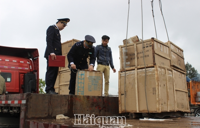 Hải quan Lạng Sơn: Thu ngân sách đạt hơn 806 tỷ đồng