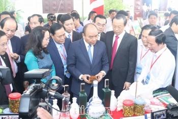 Thủtướng Nguyễn Xuân Phúcdự hội nghịxúc tiến đầu tư tỉnh Lạng Sơn