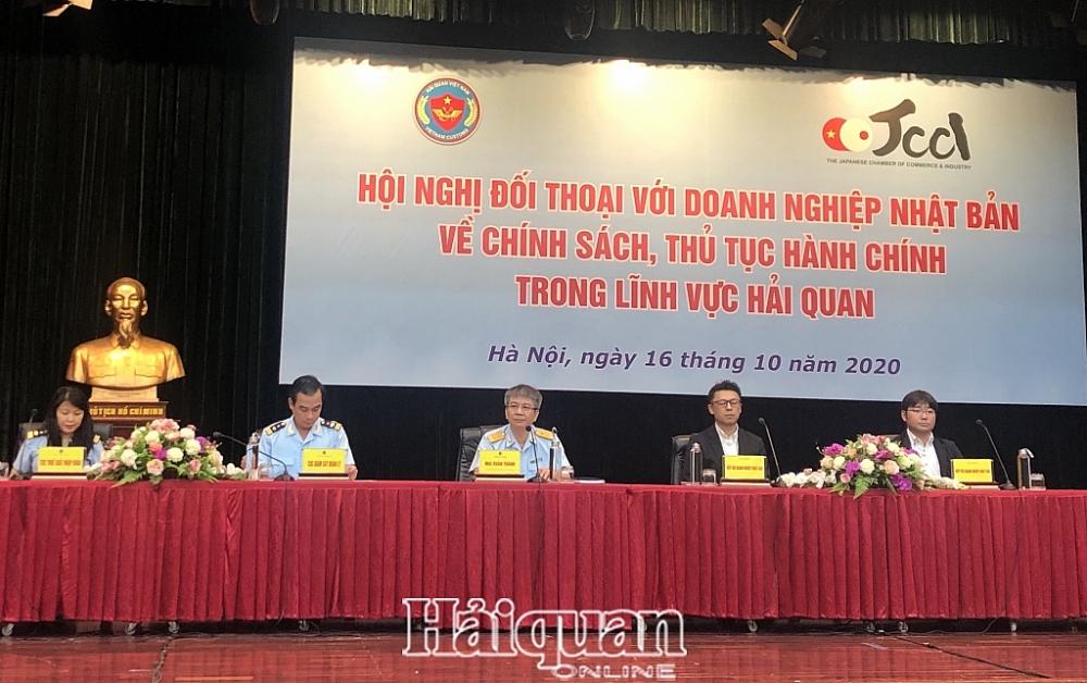 Phó Tổng cục trưởng Mai Xuân Thành chủ trì hội nghị. Ảnh: Q. Hùng