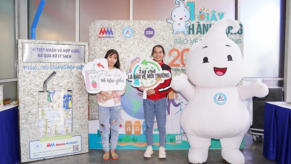 Tetra Pak hợp tác với Công ty MM Mega Market Việt Nam ra mắt 7 điểm thu gom vỏ hộp giấy tại TP HCM và Hà Nội.