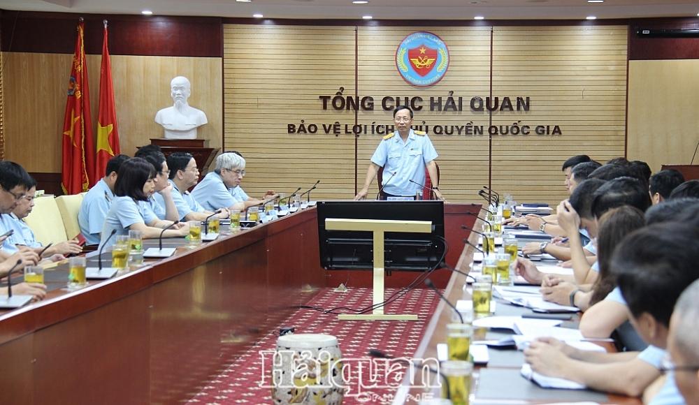 Tổng cục trưởng Nguyễn Văn Cẩn phát biểu chỉ đạo tại lễ trao quyết định. Ảnh: H.Nụ
