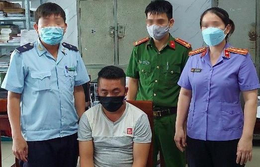 Hải quan Nghệ An phối hợp bắt đối tượng vận chuyển 2.000 viên ma túy