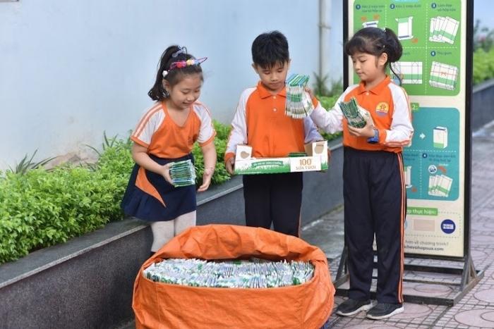 Tetra Pak tổ chức cuộc thi cùng bé thu gom vỏ hộp giấy