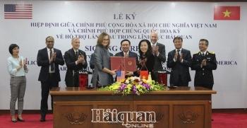 ViệtNam - Hoa Kỳ kýHiệp định vềhỗ trợ lẫn nhau trong lĩnh vực hảiquan