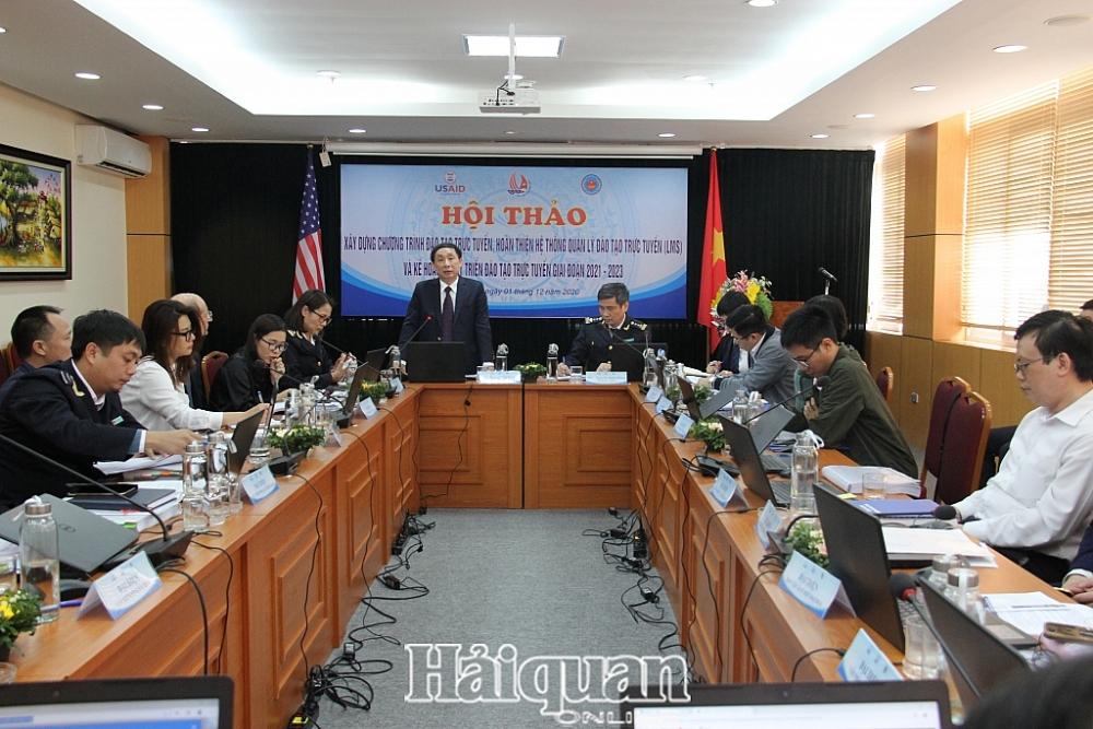 Phó Tổng cục trưởng Hoàng Việt Cường phát biểu chỉ đạo tại hội thảo. Ảnh: H.Nụ