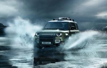 Land Rover Defender mới giá từ 3,7 tỷ đồng