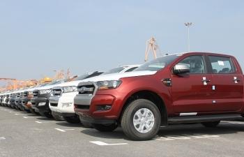 Tăng phí trước bạ xe bán tải: Chia sẻ để níu chân khách