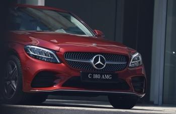 Định giá dưới 1,5 tỷ, Mercedes C 180 AMG mới dành cho khách hàng mới lần đầu sở hữu xe sang