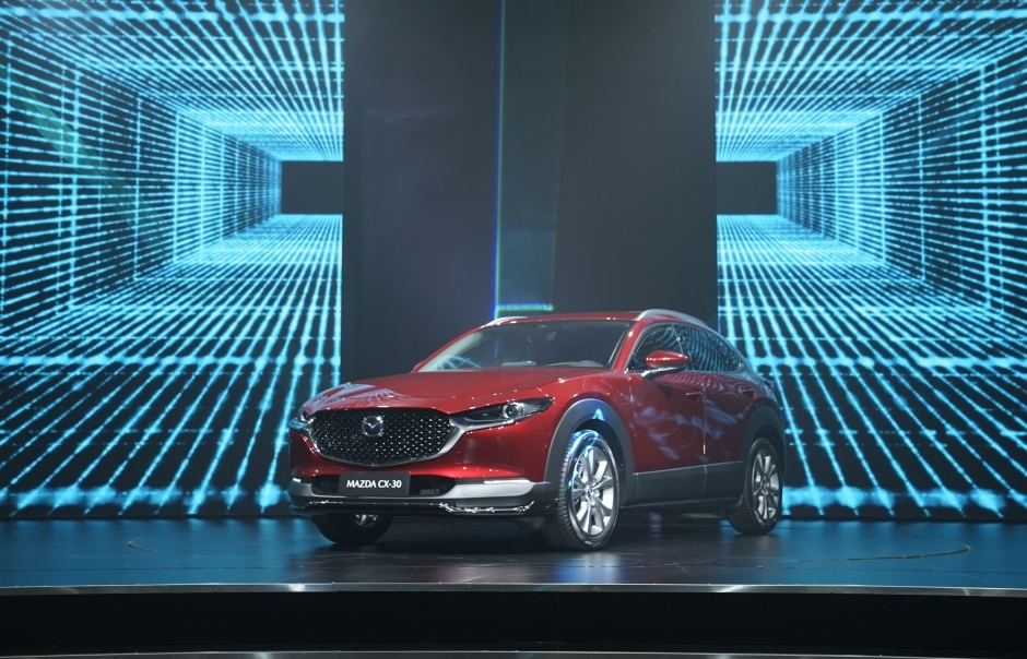Bộ đôi Mazda CX-3 và Mazda CX-30 chính thức ra mắt Việt Nam, giá từ 629 triệu đồng
