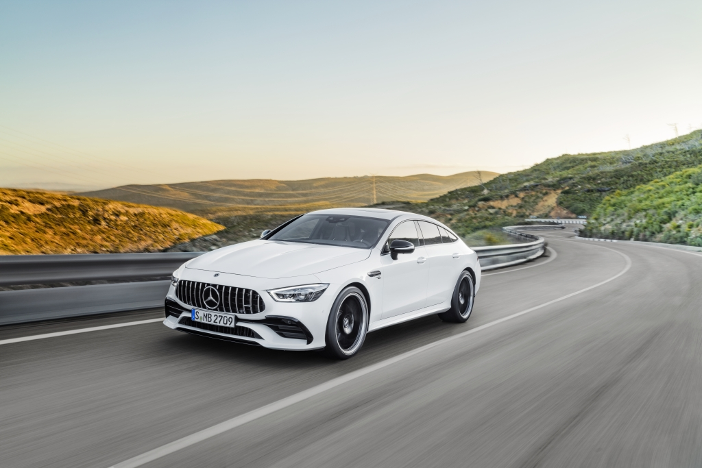 co gia 6299 ty dong mercedes amg gt 53 4matic 4 cua coupe co gi ngoai toc do