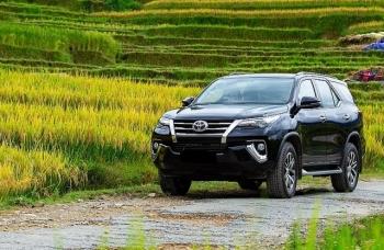 Toyota Việt Nam hỗ trợ khách hàng mua Fortuner và sử dụng dịch vụ