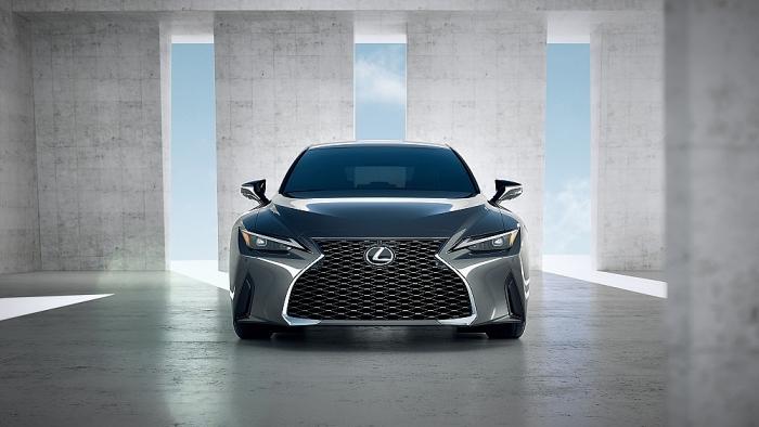 Lexus IS 2021 ra mắt trên toàn cầu