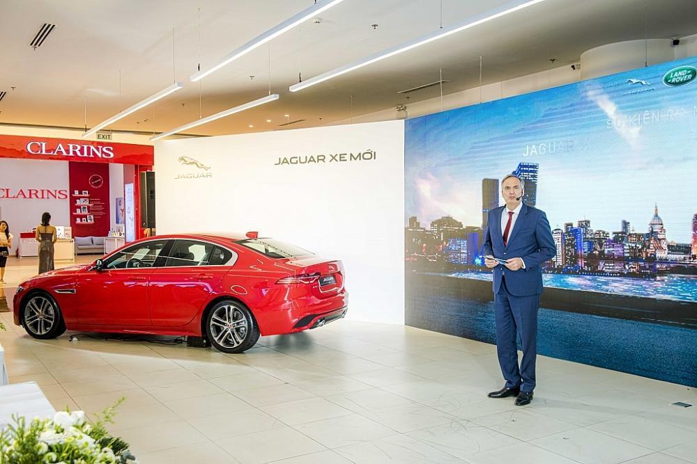 phu thai mobility ra mat khong gian trung bay moi cua jaguar va land rover