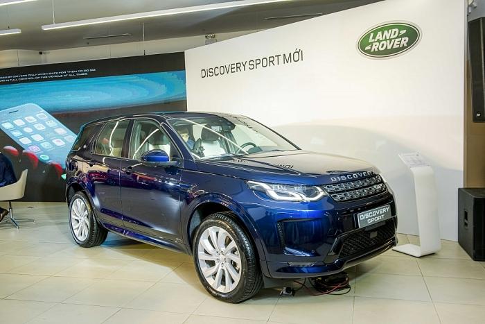 Có giá từ 2, 61 tỷ đồng Land Rover Discovery Sport có những gì?