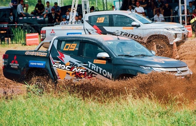 Racing AKA sẽ là đội đua đầu tiên của Việt Nam tham dự Asia Cross Country Rally
