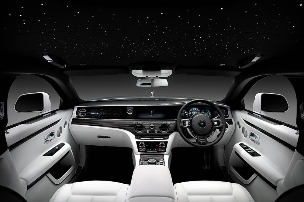 New Ghost 2020 và sự xuất hiện ấn tượng tại lễ kỷ niệm 100 năm xe Silver Ghost huyền thoại