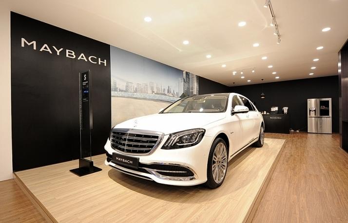 Mang 19 xe đến trưng bày, Mercedes-Benz Việt Nam chơi tại VMS 2019