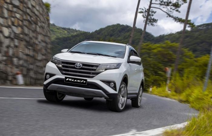 Sau giảm giá Toyota Rush tiếp tục được miễn phí 2 năm bảo hiểm thân vỏ