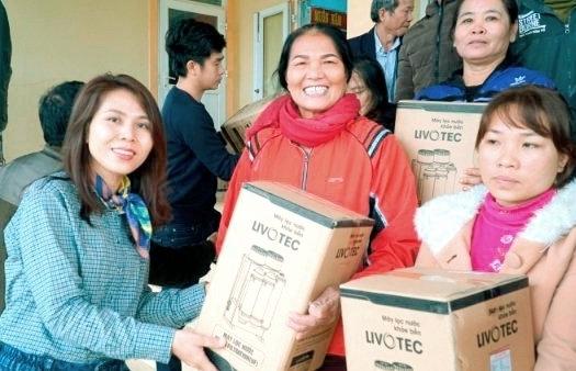 Karofi tặng 500 máy lọc nước chuyên biệt cho miền Trung