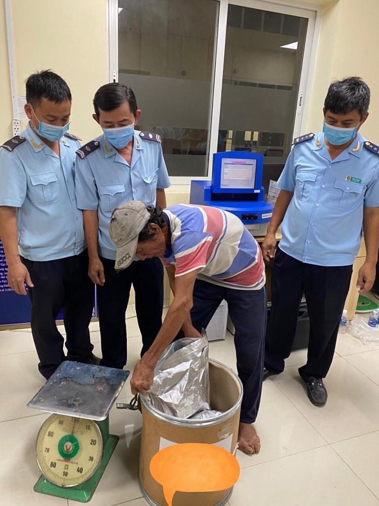 Hải quan An Giang bắt thêm 20 kg ma tuý