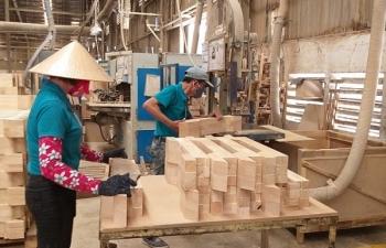 Lâm sản xuất siêu hơn 660 triệu USD trong tháng 1