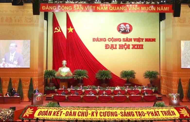 Thông qua số lượng Ủy viên Ban Chấp hành Trung ương Đảng khóa XIII